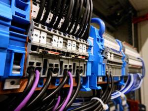 Instalacion Electrica Cordoba - Instalaciones El Rayo
